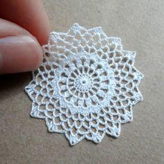 Miniature crochet round doily in white 1.5 inches  1:12 от MiniGio