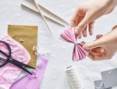 Making a paper rose place setting party decoration idea