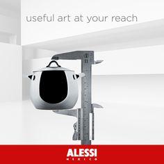 Te mostramos en éste #miercoles para tu #colección de #miniaturas la Olla con tapa de Stefano Giovannoni