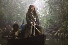 Johnny Depp and Orlando Bloom in Pirates of the Caribbean: Dead Man's Chest Captain Jack Sparrow, Johnny Depp And Amber, The Hollywood Vampires, On Stranger Tides, Johnny Depp Pictures, Movie Club, Johnny Depp Movies, Johny Depp, Fantasy Movies