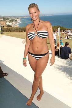 562f2d5e4740b Actress Natasha Henstridge poses at the Lis Sophia BOOST Mobile Project  Beach House in Malibu