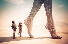 105 moments exceptionnels de la célébration la plus psychédélique au monde, le fameux Burning Man Festival