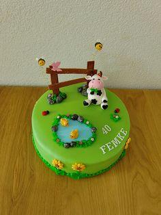 """Een koe, Sesamstraat en een taart voor de juf... (Pagina 1) - Taarten Parade - Het """"DeLeuksteTaarten"""" - forum"""