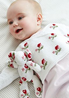 Rosebud Crossover in Debbie Bliss Eco Baby. Discover more Patterns by Debbie Bliss at LoveKnitting. The world's largest range of knitting supplies - we stock patterns, yarn, needles and books from all of your favorite brands.The Knitter's Attic - an Baby Knitting Patterns, Knitting For Kids, Baby Patterns, Free Knitting, Knitting Yarn, Simply Knitting, Baby Pullover, Baby Cardigan, Baby Jumper