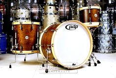 PDP Concept Maple Classic 3pc Wood Hoop Drum Set 24/13/16 Tobacco w/ Natural Hoops