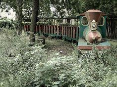 Abandoned Amusement Park IV - JPG Photos