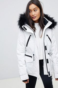Shop Hollister ski jacket at ASOS. Ski Fashion, Winter Fashion Outfits, Fashion Beauty, Ski Outfits, Mode Au Ski, Snowboarding Outfit, Outfit Invierno, Look Street Style, Snow Outfit