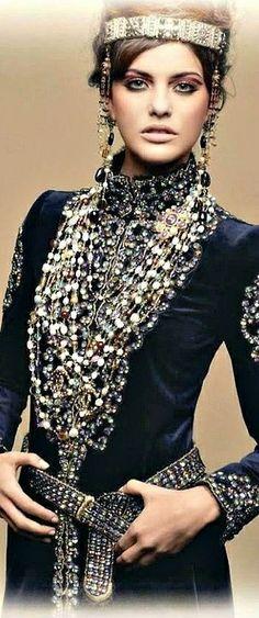 "Chanel ""Paris-Byzance"" Pre-Fall 2011"