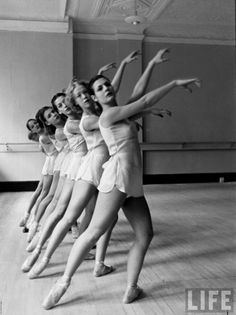 George Balanchine's School of American Ballet, 1936. Images by Alfred Eisenstaedt Source: LIFE Archive