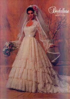 1983 ruffly beauty! Vintage Bridal, Bridal Lace, Bridal Style, Bridal Gowns, Wedding Gowns, Vintage Weddings, 1980s Wedding Dress, Vintage Dresses, Vintage Outfits