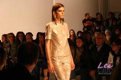 http://www.leichic.it/moda-donna/milano-moda-donna-leichic-alla-sfilata-prima-classe-alviero-martini-collection-foto-24212.html