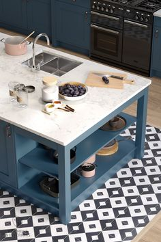 How about this island for a beautiful yet functional focal point in your kitchen design? Dream Kitchen, Kitchen Trends, Bespoke Kitchens, Kitchen Decor, Big Kitchen, Home Kitchens, Traditional Kitchen, Dark Kitchen, Kitchen Design