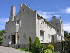 Hill House Feature Page on Undiscovered Scotland Lanscape Design, Charles Rennie Mackintosh, Glasgow School Of Art, House On A Hill, Top Designers, Arts And Crafts Movement, Art Nouveau, Liberty, Scotland