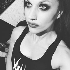 Pretty is overrated. (Thanks @doylewvf for the tank top, I love it )