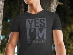 Yes I'm Muslim - Islamic Quote T Shirt - Men's T-Shirt, Long Sleeve Tee, Hoodie, Mug, Tote Bag. ** Printed in the USA