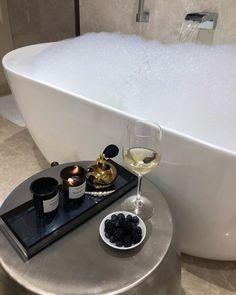 (2) Accueil / Twitter Self Care, Sweet Home, Bubbles, Relax, Wattpad, Room Decor, House Design, Interior Design, Interior Architecture