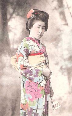 Beautiful Japan Japanese old antique vintage girl geisha kimono postcard  (shop:EDWARDIANTHYMES---Etsy)