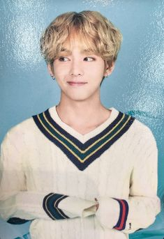 180418 // BTS Japan Fanmeeting Vol.4 - #V photo cards