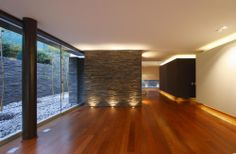 This is what I am talking about! Floor & Wall lighting. Ideal!