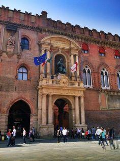 """Bologna: Piazza Maggiore - """"Beautiful Bolognaby @SuuperG >> Bologna,,province of Bologna , Emilia Romagna region Italy"""
