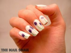 The Nail Snail -- Sponged Flower Nails