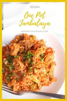 This vegan Jambalaya is a game changer! It's just like the classic dish…but veganized. Made with soy curls and plant-based sausage, this Southern inspired recipe is a treat for the whole family. #mydarlingvegan #veganjambalaya #jambalaya #veganizedfood #onepotmeals #veganfamilydinner Vegan Dinner Recipes, Delicious Vegan Recipes, Vegan Dinners, Healthy Recipes, Vegan Main Dishes, Healthy Side Dishes, Easy Healthy Dinners, Vegan Jambalaya, Jambalaya Recipe