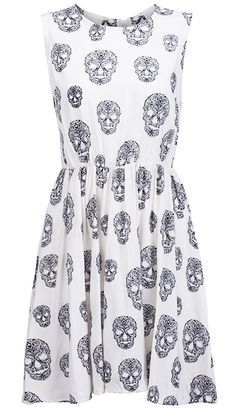 White Sleeveless Skulls Print Pleated Dress