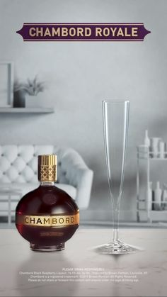 How to Make a Chambord Royale ¼ oz Chambord Liqueur Champagne Raspberry Pour Chambord into a flute glass. Top with champagne. Champagne Drinks, Cocktails, Party Drinks, Cocktail Drinks, Fun Drinks, Alcoholic Drinks, Beverages, Chambord Liqueur, Chambord Drinks