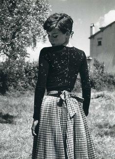 Audrey Hepburn (by Philippe Halsman)