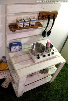 repurposed wooden pallet kids mud kitchen