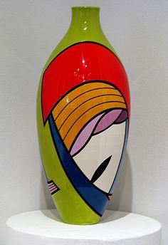 4 Great Tricks: Rose In Vases Drawing painted vases.Rose In Vases Drawing. Pottery Painting, Ceramic Painting, Pottery Vase, Ceramic Art, Bottle Painting, Bottle Art, Vase Design, Keramik Vase, Wooden Vase
