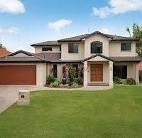 Photo of a house exterior design from a real Australian home - House Facade photo Browse hundreds of facade designs from Australian homes on Home Ideas. Modern House Facades, Modern House Design, Modern Houses, Facade Design, Exterior Design, We Buy Houses, Modern Contemporary Homes, Building Facade, Australian Homes