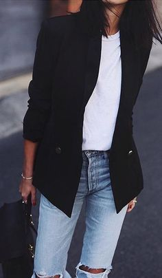 #winter #fashion /  Black Blazer / White Top / Destroyed Jeans