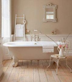 1000 id es sur baignoire sur pied sur pinterest salles - Salle de bain avec baignoire sur pied ...
