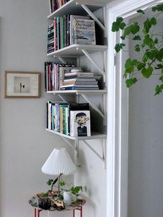 Våra bokhyllor │ Johanna Bradford