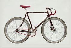 Italian bicycle brand Montante and renown car brand Maserati have colaborated to create this limited edition beauty.