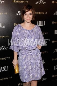 Renée Felice Smith attends LL COOL J/ Hennessy Pre-Grammy event 2012