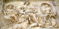 Ara Pacis (particolare Saturnia Tellus), 13-9 a.C., marmo. Dal Campo Marzio, Roma, Italia. Museo dell'Ara Pacis, Roma, Italia.