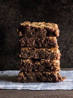 Gingerbread Espresso Blondies -- The Whole Bite