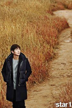 Go here for Lee Jun Ki's cover spreads for December issue. Lee Jun Ki, Lee Joongi, Korean Celebrities, Korean Actors, Korea Tourism, Oh My Venus, Arang And The Magistrate, Wang So, Bedroom Eyes