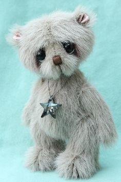 Small artist teddy bear | Mortimer - Pipkins Bears