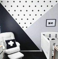 """46 curtidas, 2 comentários - Projetos Baby e Kids (@codecorarpetite) no Instagram: """"✨INSPIRAÇÃO✨ Preto e branco + geométricos + cor ❤ideia linda e fácil de executar e o resultado ó …"""""""