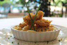 Crawfish, Bacon and Jalapeno Mac & Cheese with Fried Gulf Oysters - Deep South Magazine Oyster Recipes, Cajun Recipes, Seafood Recipes, Pasta Recipes, Jalapeno Mac And Cheese, Mac Cheese, Macaroni And Cheese, Fried Oysters, Southern Recipes