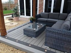 Back Garden Design, Modern Garden Design, Small Backyard Patio, Backyard Seating, House Extension Design, Backyard Patio Designs, Patio Ideas, Decking Ideas, Composite Decking