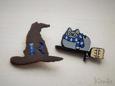 Harry potter pushin cat brooche geek gryffindor by VientoWood