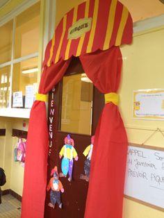 Décoration de porte projet cirque
