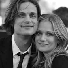 Find images and videos about jj, criminal minds and matthew gray gubler on We Heart It - the app to get lost in what you love. Matthew Gray Gubler, Matthew Grey, Dr Reid, Dr Spencer Reid, Spencer Reid Criminal Minds, Criminal Minds Cast, Behavioral Analysis Unit, Jennifer Jareau, Crimal Minds