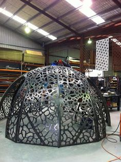 Lump Sculpture Studio specializing in Corten Steel: Leaf Skeleton Dome
