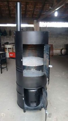 Oil Drum Bbq, Diy Wood Stove, Smoker Designs, Ugly Drum Smoker, Build A Pizza Oven, Barrel Grill, Bbq Pit Smoker, Mobile Coffee Shop, Wood Smokers