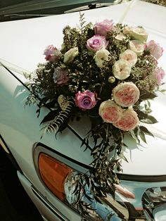 Biedermeier Rosen zur Hochzeit auf der Limousine Wedding Flowers Stretchlimousine
